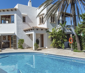 Image for Advantages of renting a villa in Majorca for groups